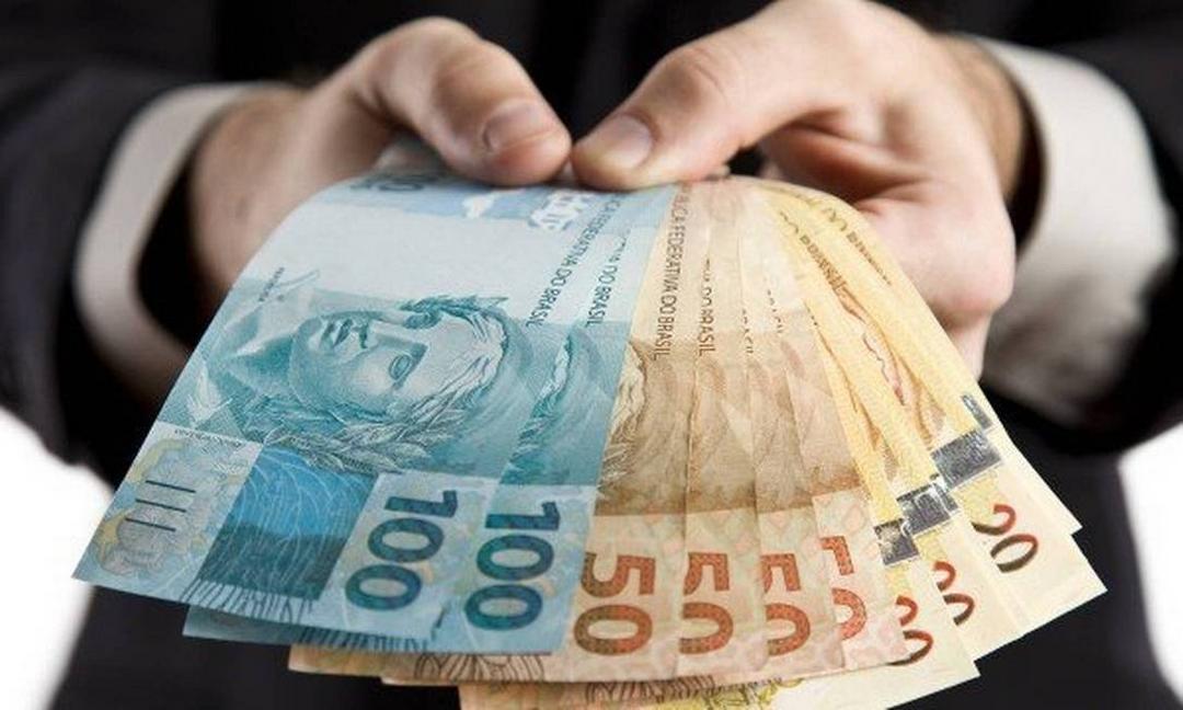 Brasil perde 68 bilhões de dólares por ano devido a má administração!