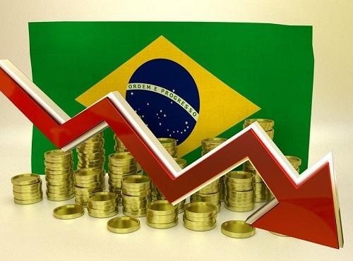 Com reforma, Brasil fica à beira da recessão, diz estudo